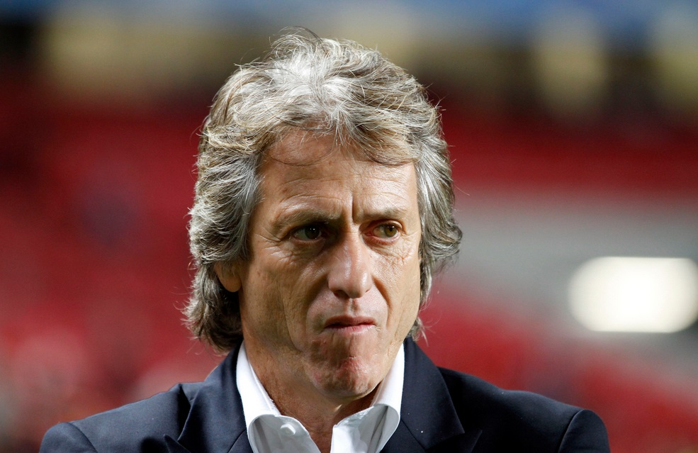 Jorge Jesus earned a  million dollar salary, leaving the net worth at 25 million in 2017