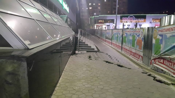DISASTER in Riscani district! Earth slids under building(VIDEO/PHOTO)