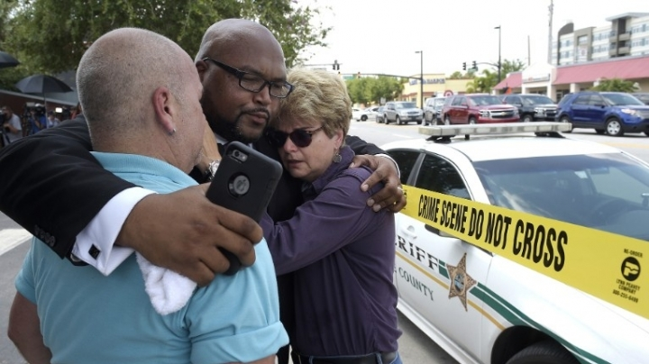 Orlando shooting: 50 killed, shooter pledged ISIS allegiance