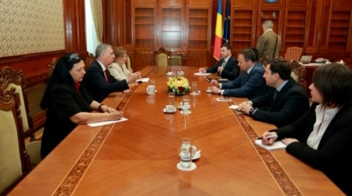 Speaker Andrian Candu meets Lower Chamber chairman Valeriu Zgonea in Bucharest