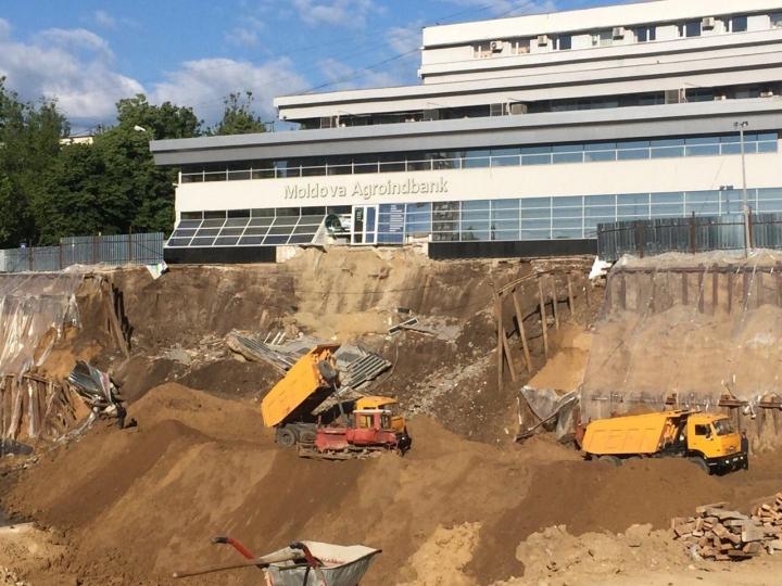 DETAILS regarding collapsing building in Rascani sector of Chisinau! Authorities' declarations