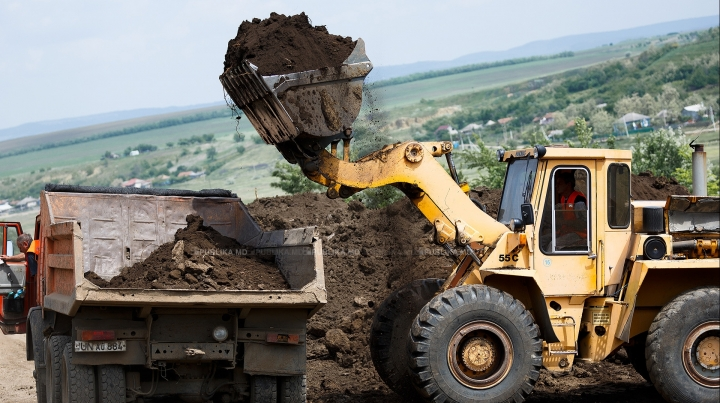 World Bank offers loan to repair 300 km of local roads in Moldova