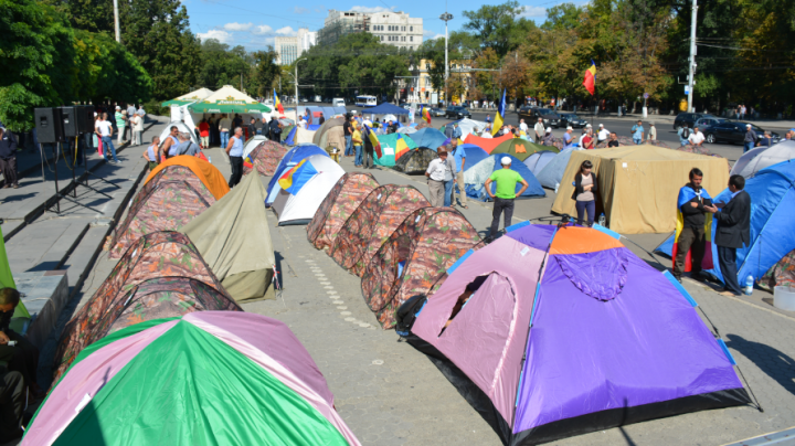 DA Party has time until Monday to dismantle tents in Chisinau