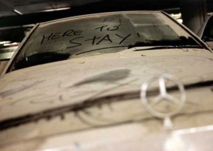 Why would wealthy Arabs leave their fancy sport cars to get covered in dust? (PHOTO)