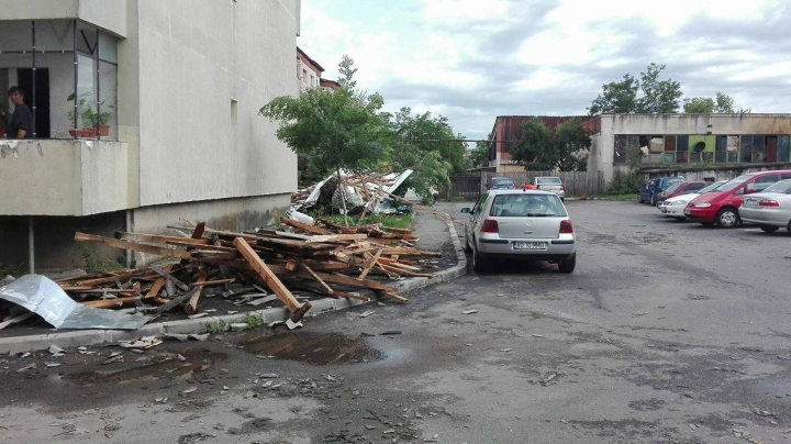 Thunderstorms and floods in Romania have made victims, left damages