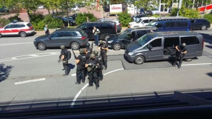 Police shoots dead armed man in German cinema
