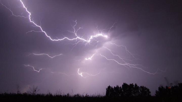 Australia Monster Storm 2016: Flash Floods Feared