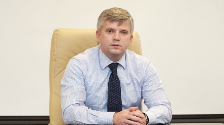 Chief of Civil Aeronautic Authority, Mircea Maleca, has resigned at prime minister request