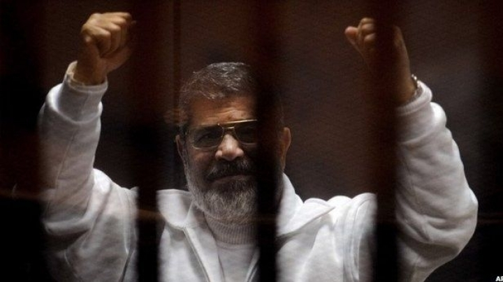 Former Egyptian Islamist president to serve life term in prison