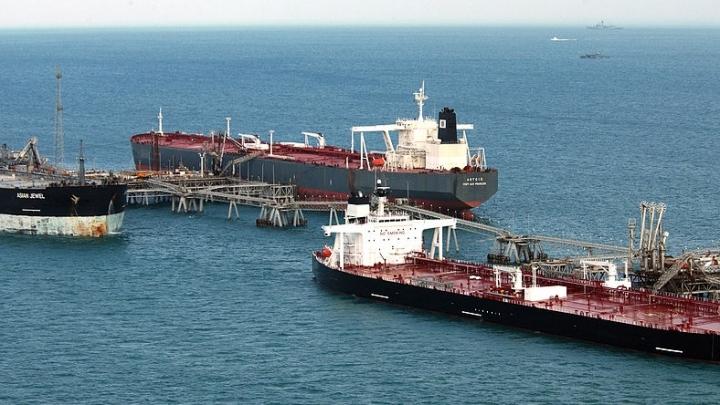 EXPORT BOOST. International tankers help ship Iran's oil