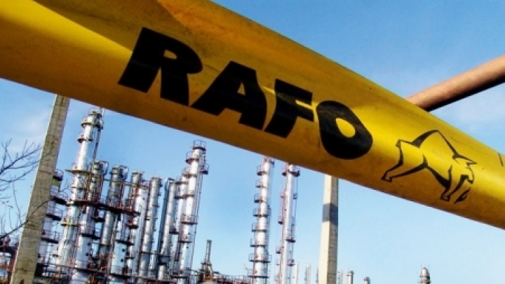 Moldovan investors buy refinery in Romania. Promise to pay off delayed salaries