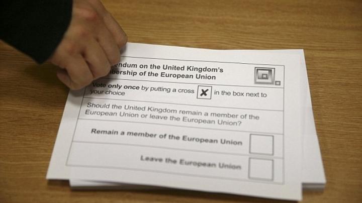 #Brexit: The polls finally open for Britain's historic Referendum vote