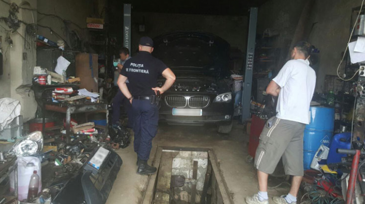 Illegal business discovered by policemen in a car repair shop in Nisporeni