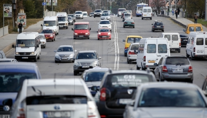 Bigger road taxes, smaller import excises for cars