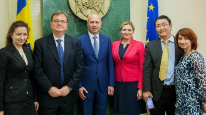 Moldovan premier Filip talks with WB experts about reforms in healthcare system