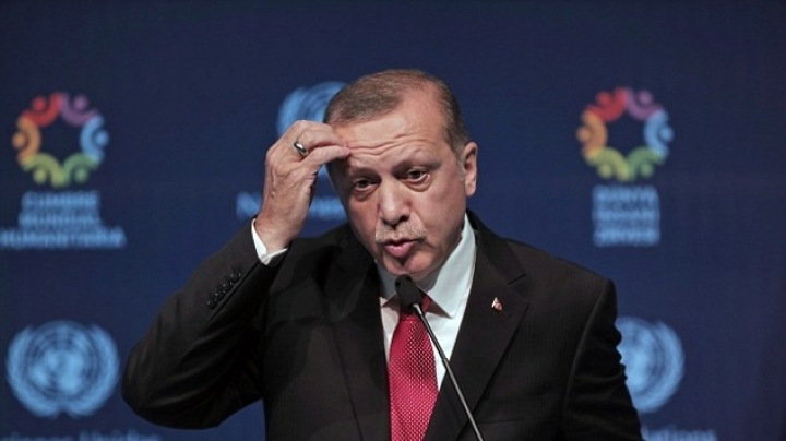 Turkish president Erdogan accuses EU of breaking pact on migrants