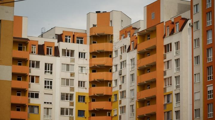 Moldovan man kills himself jumping from tenth floor