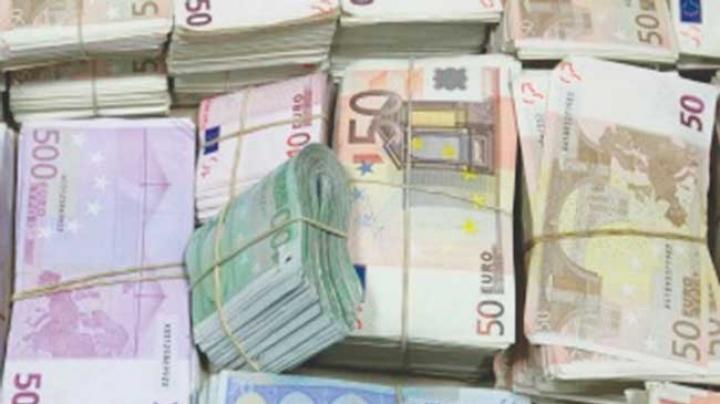 Mass media of Chiril Lucinschi was financed from money taken from Banca de Economii