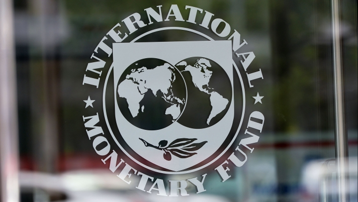 IMF finds Russian economic recession better than expected, predicts growth