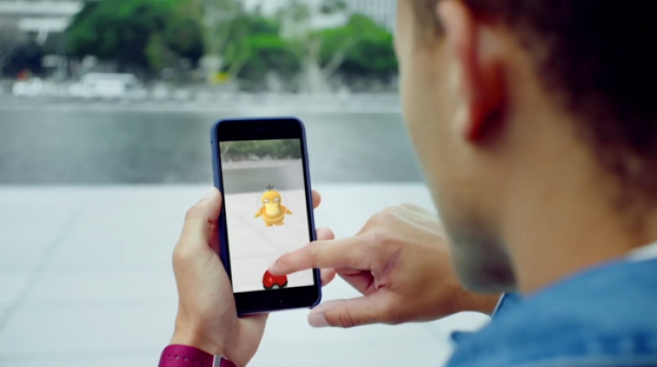 Yes, you can cheat at Pokemon Go. See what happens