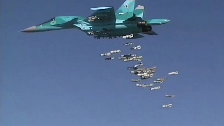 Russian Su-34 bombs Daesh meeting, killing up to 40 fighters in  Aleppo