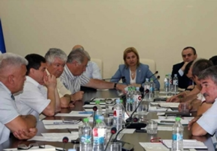 Gagauzia Bashkan meets with Autonomy Winemakers