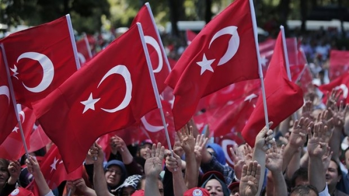 Turkey will release 38,000 prisoners to make space for arrested coup plotters