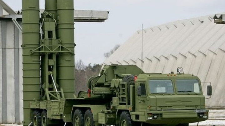 Russia deploys advanced S-400 air missile system to Crimea