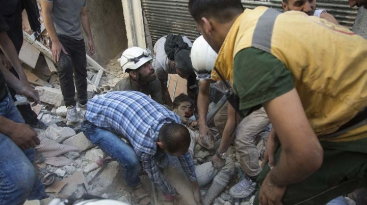 19 civilians die following air raids in Aleppo