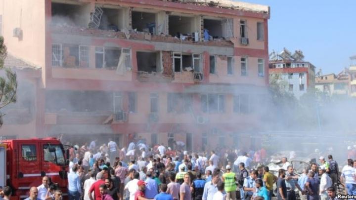 Three blasts leave at least nine dead in eastern Turkey