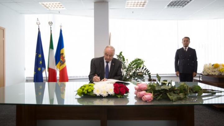 President Nicolae Timofti expresses condolences to Italian people