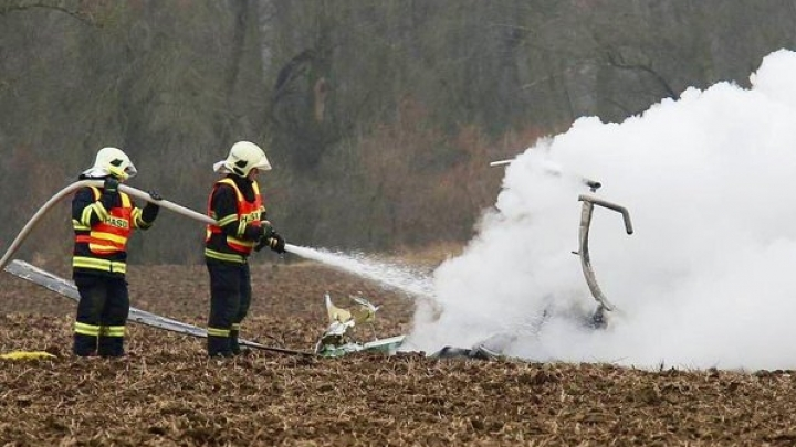 Chopper crashes in Czech Republic, killing two people