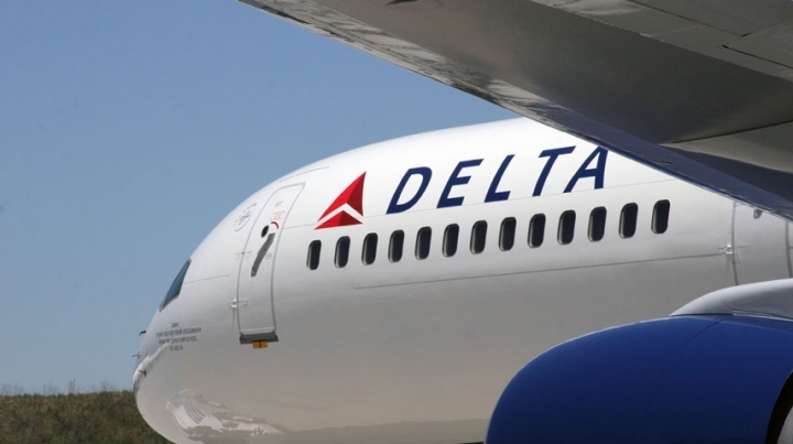 Delta airline flights delayed because of computer system problem
