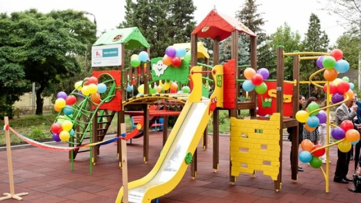 Edelweiss Parks: Children have fun at playground in Calarasi