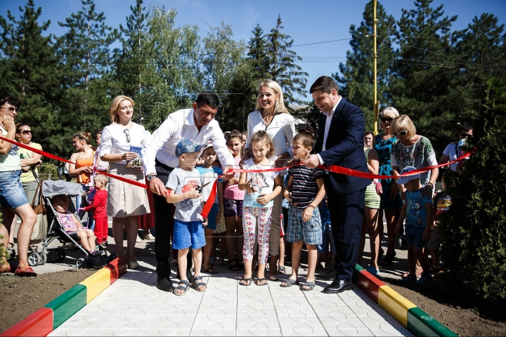 """""""Edelweiss Parks"""", a new campaign launched for improving childhood started in Ialoveni and Hancesti"""