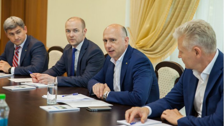 Standing Committee led by Prime Minister Pavel Filip, monitor cases of increased social interest