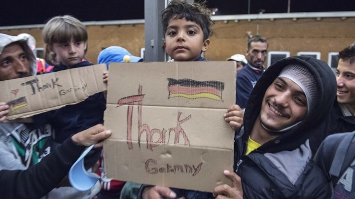 Europe migrant crisis: Germany expects 'up to 300,000' this year