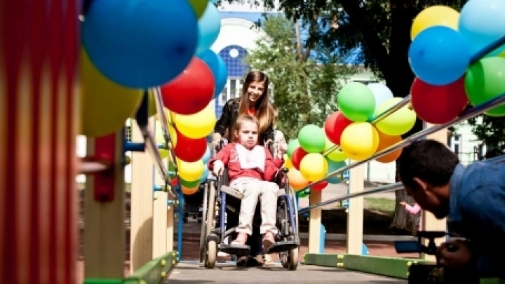 Premiere in Moldova. Vlad Plahotniuc's Foundation opens first playground for disabled kids