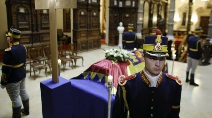 Queen Ana of Romania has been buried. Romania and Moldova end day of mourning
