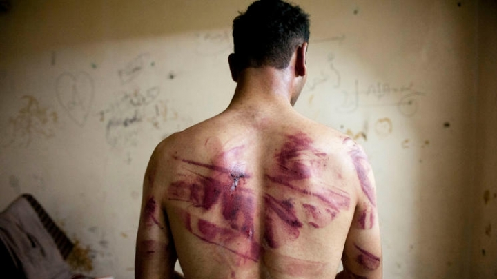 'Licking water from the floor like cats!' Report reveals horrible detention conditions in Syria's jails