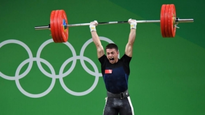 Moldovan weightlifters are GLAD with their result at Rio Olympics
