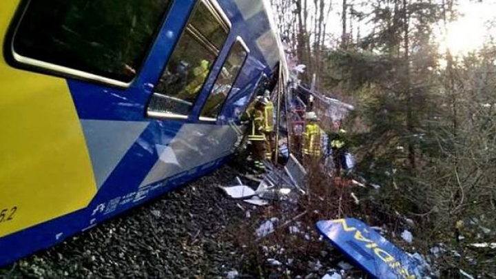 Train crashes in southern France. 10 passengers 'severely' injured (VIDEO)