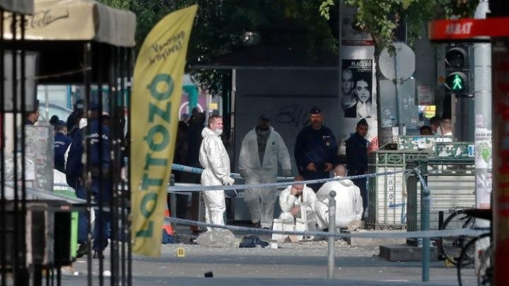 Blast rocks Hungary's capital, injuring two police officers
