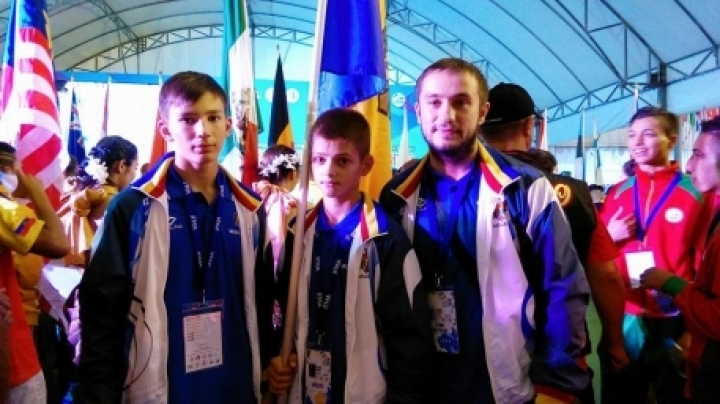 Moldovan wrestlers won silver medals at World Championship in Thai boxing