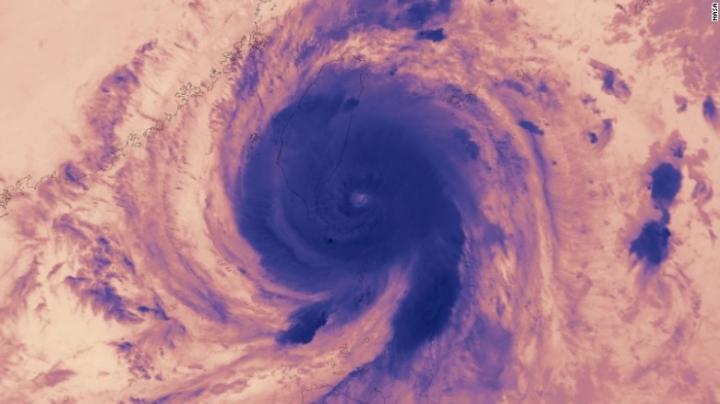 Super Typhoon Meranti targets Taiwan, China with winds of 295 kilometers per hour