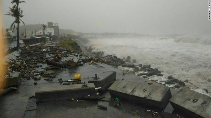 Strongest super typhoon of 2016 roars toward China, Taiwan
