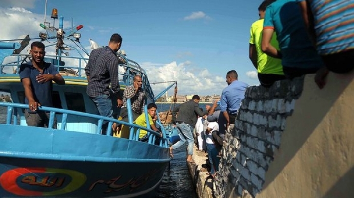 Death toll in migrant ship drowned on 21 September 2016 in Mediterranean sea rises to 300