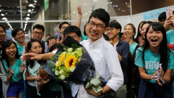 Hong Kong election: Youth protest leaders win LegCo seats