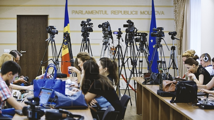 EU program teaches Moldovan journalists media techniques