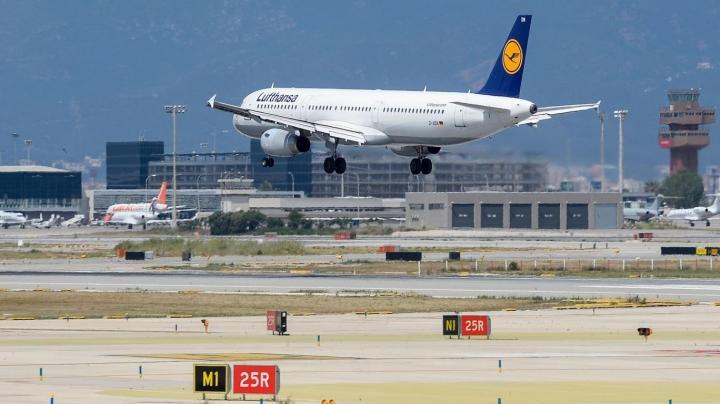 Barcelona bus crash: Dozens of tourists injured en route to El Prat airport